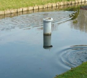 Mobiel meetstation voor het monitoren van waterkwaliteit